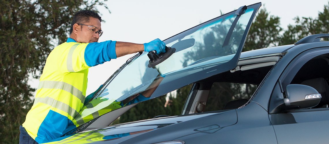 Windshield Replacement Near Me >> Auto Windshield Replacement near Me | Glass Dawg